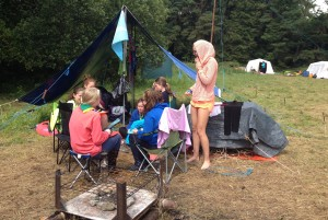 Fodhla Summer Camp Lough Lene Una and her Watch enjoying lunch July 2015